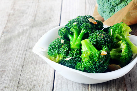 Steamed Broccoli Side GF DF V